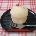 手作りおやつ・桜の蒸しパン